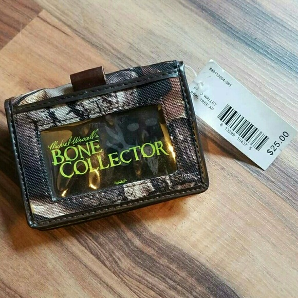 Bone Collector Other - BONE COLLECTOR Camoflauge Wallet • NWT